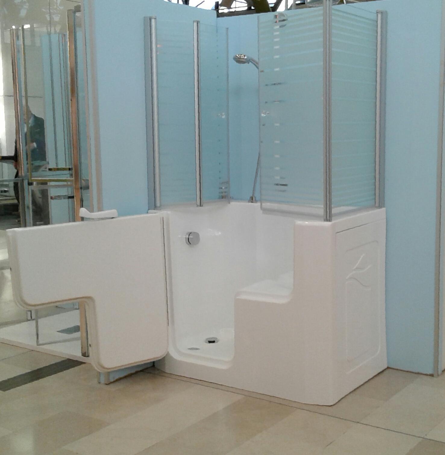 Docce per anziani e disabili sostituzione vasca in doccia - Vasca da bagno piccola con seduta ...
